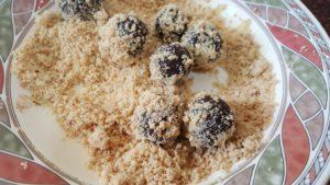 Choco-date Bliss Balls -